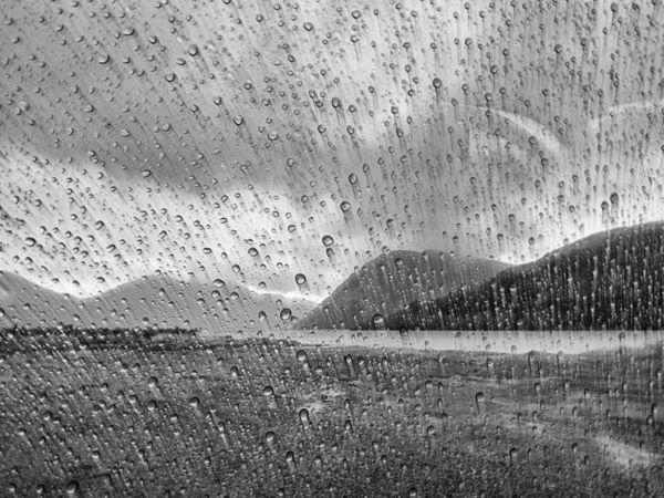 Pol Syrett: Rain