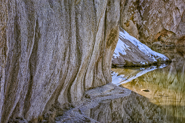 Blue Lake clay cliffs, St Bathans