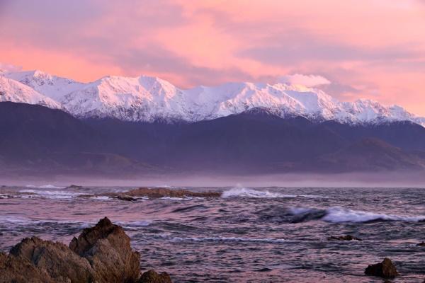 Barry Dench: Kaikoura Sunrise